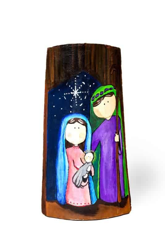 Naciemiento 2 Azul – Teja pintada con acrilico y con protección de barniz – Largo 38 cm aproxi.