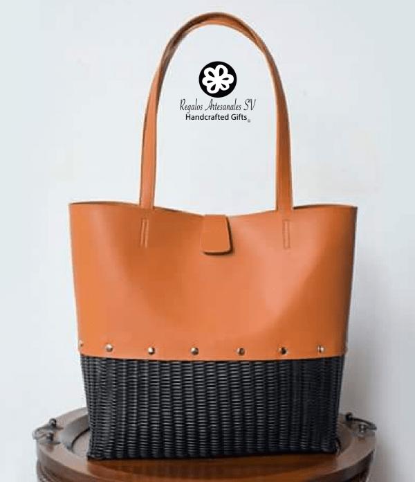 Cartera nuevo diseño cuero natural con hilo negro-01