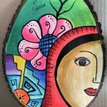 Mujer con Flor El Salvador